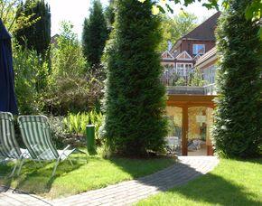 Zauberhafte Unterkünfte (Landhotels für Zwei) GreenLine Hotel Holst - Brotzeit, Eintritt Wildpark Schwarzenberge