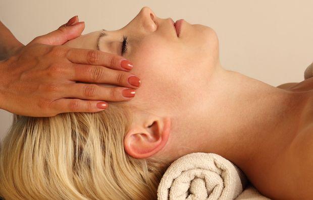 wellness-fuer-frauen-muenchen-massage