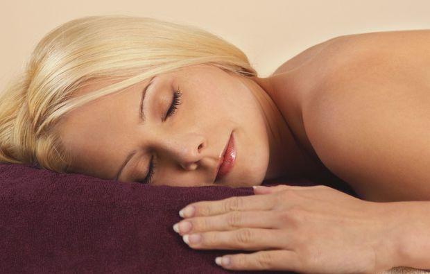 wellness-fuer-frauen-muenchen-relaxing