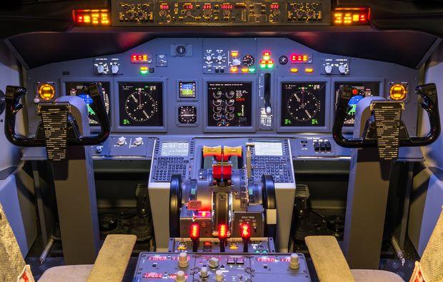 flugsimulator boeing 747 in m nchen als geschenkidee mydays. Black Bedroom Furniture Sets. Home Design Ideas