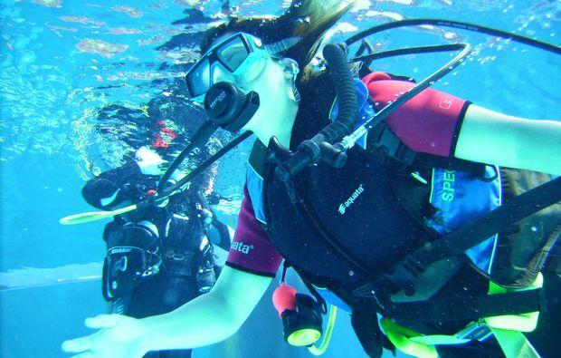 tauchschnupperkurs-coburg-schwimmen