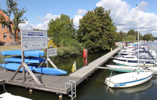 motorboot-fahren-neuruppin-hafen