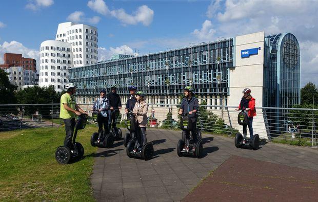 segway-city-tour-duesseldorf-erlebnis