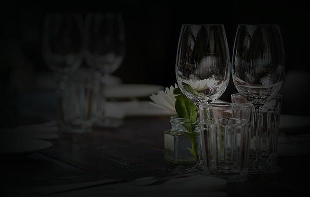 dinner-in-the-dark-essen-tisch