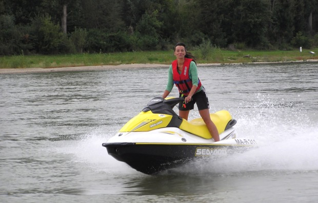 jetski-fahren-rhein-speyer