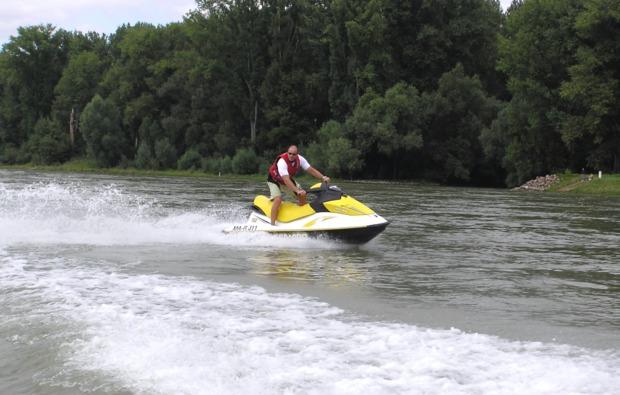 jetski-fahren-speyer-rhein
