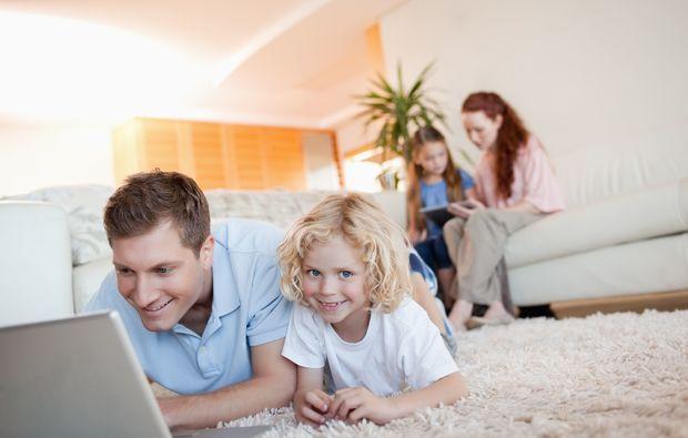 familien-fotoshooting-friedrichsruhe-teppich