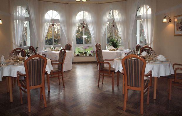 candle-light-dinner-fuer-zwei-schmoelln-restaurant