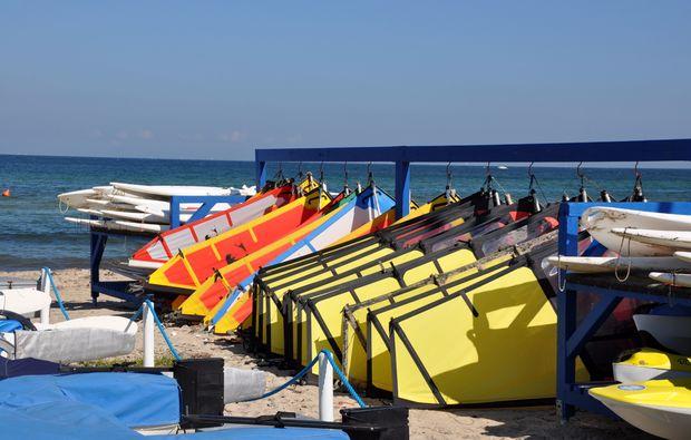 windsurf-kurs-schubystrand-damp-segel