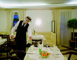 Hotel_Sandwirth_Pantomime_Restaurant
