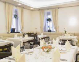 Hotel_Sandwirth_Restaurant