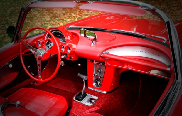 corvette-c1-cockpit
