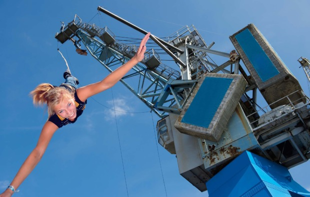 bungee-jumping-hamburg-adrenalinkick