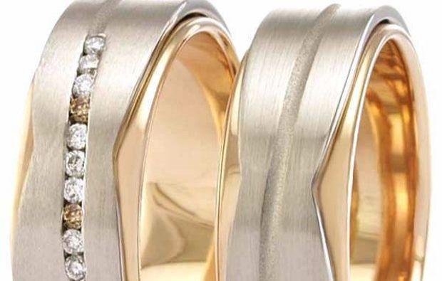 trauringe-selber-schmieden-fuer-zwei-grimma-ring-mit-stein