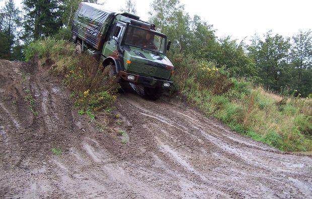 truck-offroad-fahren-fuerstenau-action