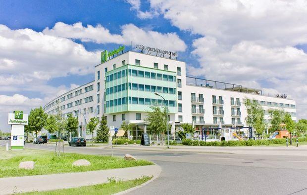 holiday-inn-berlin-schoenefeld