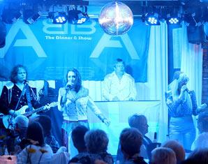 ABBA–Dinnershow Landhotel Garitz - 3-Gänge-Menüffet, inkl. Begrüßungsekt
