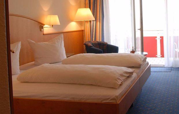 romantikwochenende-loewenstein-hoesslinsuelz-uebernachten