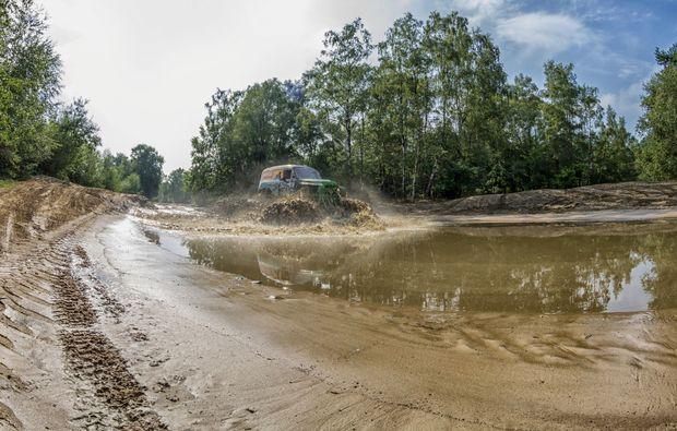 monster-truck-fahren-fuerstenau-offroad