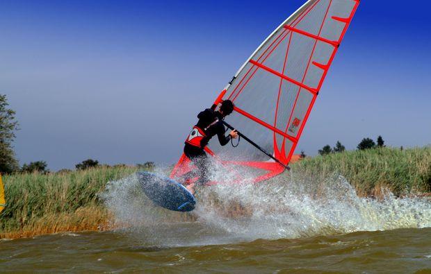 windsurf-kurs-zingst-fahren