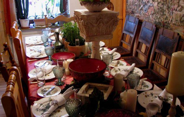 aussergewoehnlicher-kochkurs-haina-kloster-dinner1480668731