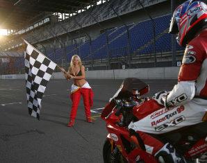 Motorrad-Renntraining - 8 Stunden 600er Supersport Motorrad - EuroSpeedway Lausitz - 8 Stunden