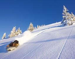 abfahrt-schnee-berg-airboard