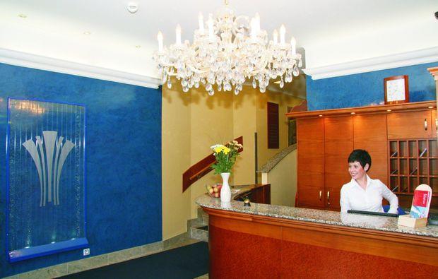 wellnesshotels-karlsbad-rezeption