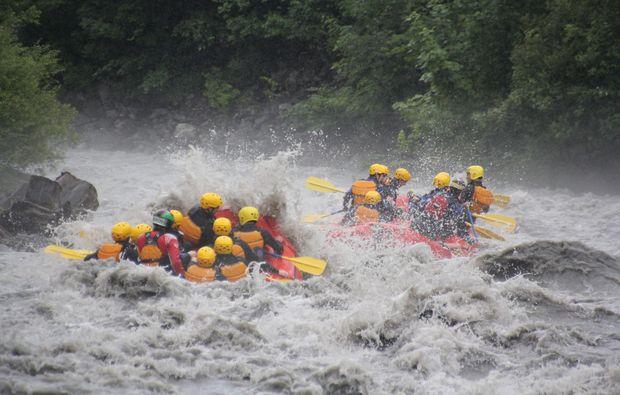rafting-matten-raft-wild