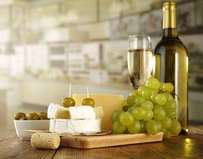 Wein und Käse - Zürich Verkostung von mehreren Weinen & Sorten Käse
