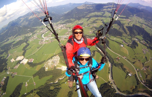 gleitschirm-tandemflug-fliegen-abenteuer