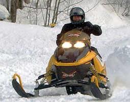 snowmobile-fahren