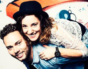 Foto-Love-Story für Zwei-München inkl. Touch up & 2 Bilder digital, ca. 1,5 Stunden