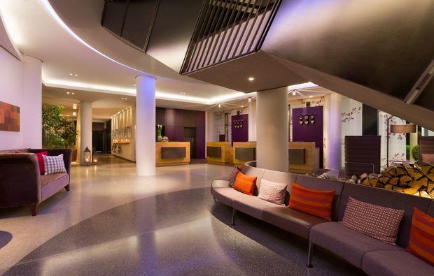 wellness wochenende f r 2 im spa hotel m nchen mydays. Black Bedroom Furniture Sets. Home Design Ideas