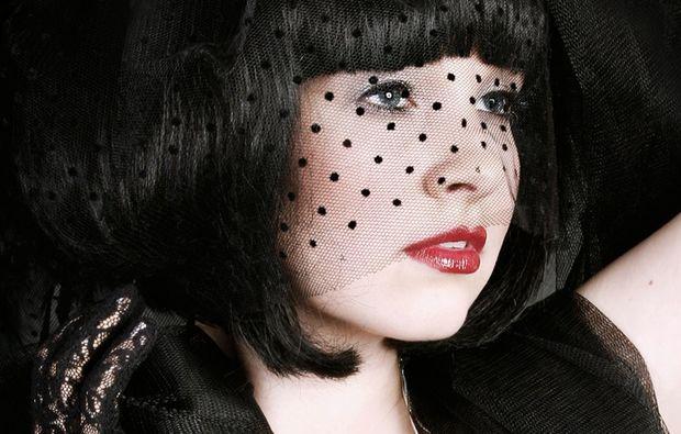 burlesque-fotoshooting-schwerin-blass