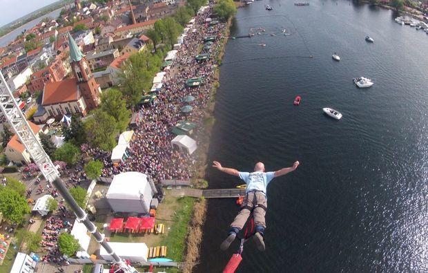 bungee-jumping-berlin-hoehe