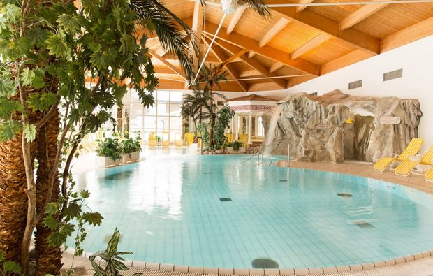 thermen-spa-hotels-reith-bei-kitzbuehel-pool