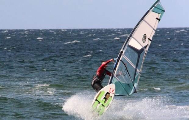 windsurf-schnupperkurs-schubystrand-damp-surf