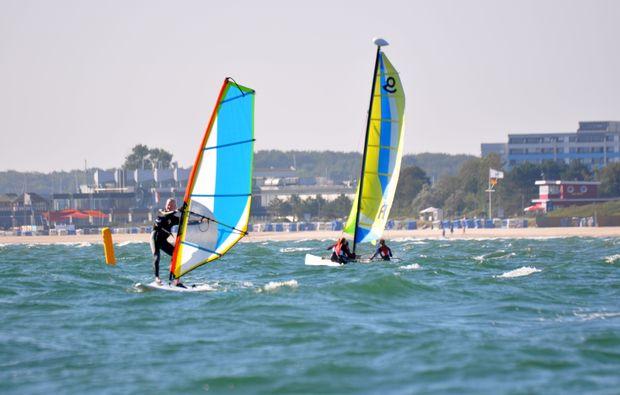 windsurf-schnupperkurs-schubystrand-damp-surfen