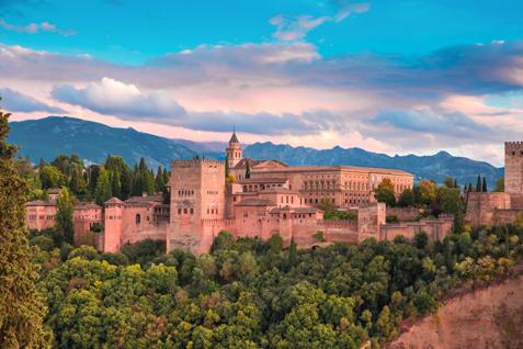 Alhambra in Granada in der Abendstimmung