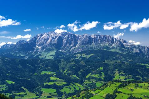 Blick auf den Hochkoening Berg im Salzburger Land