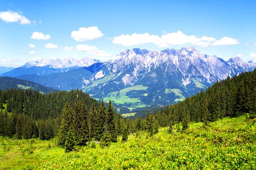 Leogang Blick auf Alpen