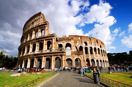 Das beeindruckende Kolosseum im Sonnenlicht
